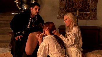 Факеры устроили проститутке двойное проникновение